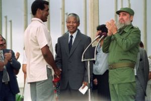 Mandela-Fidel-Castro-Stevenson-Habana_MILIMA20131206_0409_14