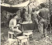 Raul Diaz-Arguelles contribuyó en la creación de los movimientos guerrilleros anticolonistas de Guinea Bissau y Cabo Verde, en el Africa Occidental.