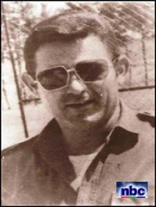 Raul Diaz-Arguelles murió en la Guerra de Angola el 11 de diciembre de 1975.